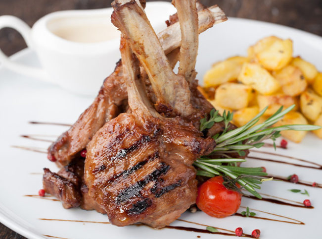 savanna-grill-restaurant-grillades-burger-waffle-coffee-accueil-produits-exigez-la-part-du-lion-img